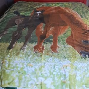 Cotton Duvet cover with horse and foal print NWOT